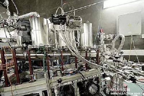 世界领先!上海交大公布暗物质实验自旋相关研究最新结果