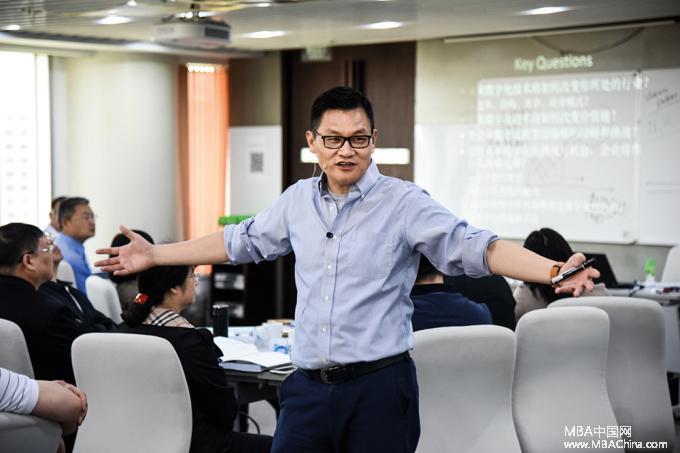 从长江商学院教授到首席战略官:曾鸣陈龙廖建文去阿里蚂蚁京东干得如何
