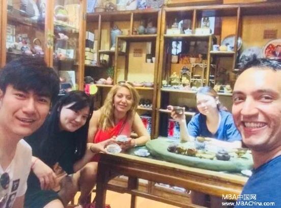 Rose Tian:超车的19岁 | 长江MBA2017新生故事