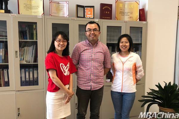 南邮商学院老师赴中国管理案例共享中心访问交