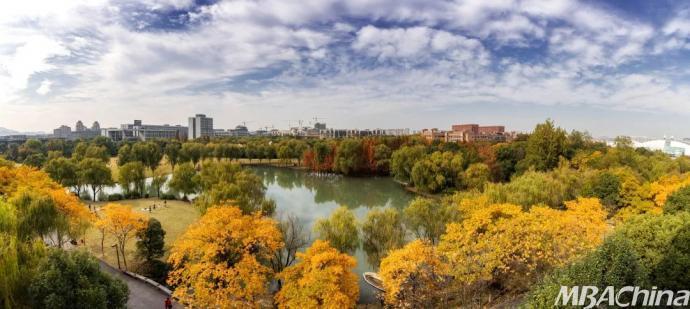屏保壁纸风景秋天