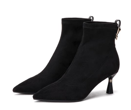 火安春轻奢女鞋:短靴选购,一定要注意这些细节- MBA中国网